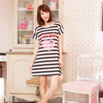Wonderland ST1607LOVE PINK居家休閒洋裝(黑)
