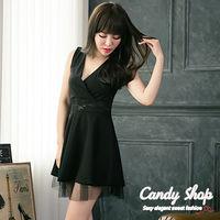 Candy小舖 春裝透膚美背蕾絲胸口V低胸 短裙 2色選