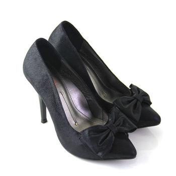 【BIS-VITAL】浪漫時尚大朵立體蝴蝶結義大利進口羊皮尖頭高跟鞋-黑色