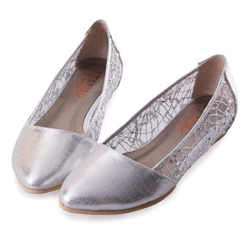 TTSNAP內增高-MIT小尖頭蕾絲亮片網紗平底鞋-時尚銀