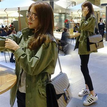 Pink東大門-正韓 美式圖印抓破口袋軍感外套(綠)-ZX602801