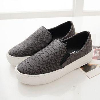 《DOOK》蛇皮壓紋舒適厚底懶人鞋-鐵灰色