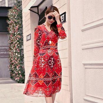 【KVOLL中大尺碼】紅色波西米亞幾何印花連身裙