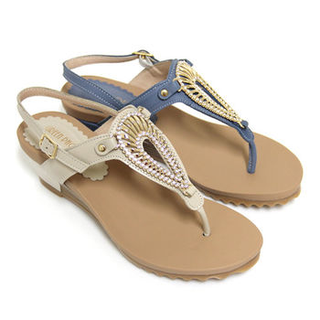 【GREEN PHOENIX】夏日華麗鏤空水鑽金屬貝殼全真皮臘感牛皮楔型夾腳涼鞋-米色、藍色