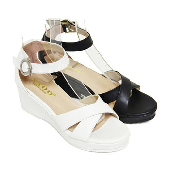 【Pretty】金屬扣飾交叉繫踝厚底楔型涼鞋-白色、黑色