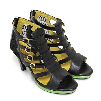 【BIS-VITAL】金屬撞色飾扣立體透視紗網拼接義大利進口山羊皮羅馬高跟涼鞋-黑色