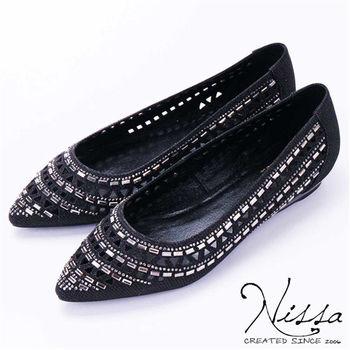 NISSA 尖頭小坡跟平底鞋 黑色