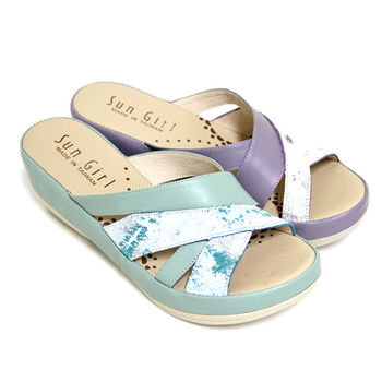 【GREEN PHOENIX】春氛柔美寬版交叉金屬爆裂紋全真皮厚底拖鞋-藍色、紫色