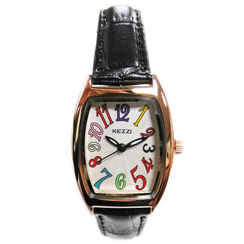 【KEZZI】酒桶型繽紛數字皮質錶帶女錶(黑色)