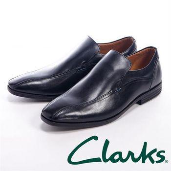 【Clarks】線條設計直套皮鞋男鞋-黑