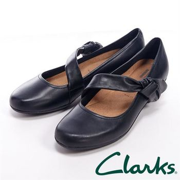 【Clarks】ELLA LORRAINE 蝴蝶結綁帶中跟鞋女鞋-黑
