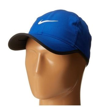 【Nike】2016男時尚Featherlight輕柔藍色帽子(預購)