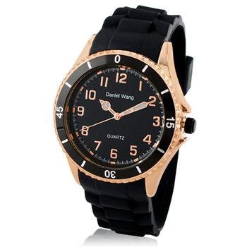 【Daniel Wang】霸氣雙圈大錶面中性黑色矽膠腕錶-高貴金