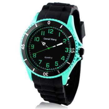 【Daniel Wang】霸氣雙圈大錶面中性黑色矽膠腕錶-炫光綠