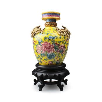 【國立故宮博物院】仿清雍正牡丹紋蟠龍瓶