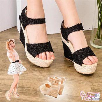 【ShoesClub】【118-2917】焦點目光花布蕾絲透視設計厚底楔型涼鞋.2色 黑/米