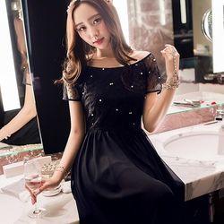 KOVLL中大尺碼黑色刺繡網紗蕾絲連身長裙