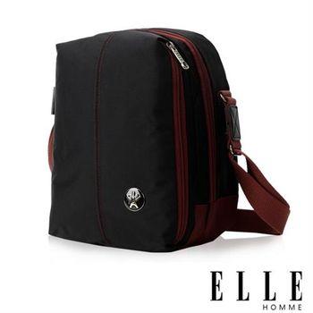 【ELLE HOMME】時尚巴黎風格輕量防潑水直立多層置物側背包(黑色EL83467-02)