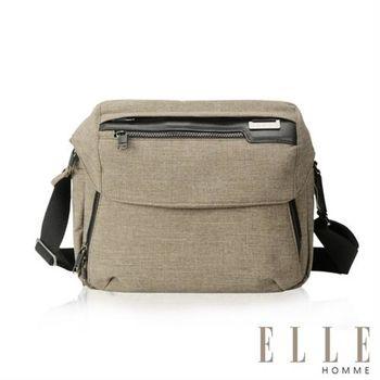 【ELLE HOMME】精湛優雅紳士風範單眼相機包 極致高質感橫式機能側背包(駝色EL83462-76)