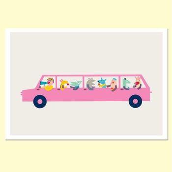 【摩達客】西班牙知名插畫家Judy Kaufmann藝術創作海報掛畫裝飾畫-粉紅汽車 (附Judy本人簽名)(含木框)