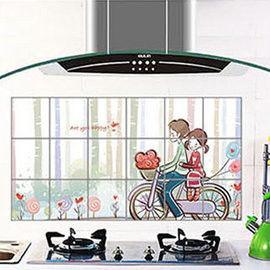 窩自在★廚房清潔高檔鋁箔防油貼紙防油牆貼-單車情侶