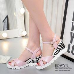 EOWYN歐美新款一字釦環水鑽垂飾坡跟厚底涼鞋EMD04901-60/3色/34-39碼現貨+預購