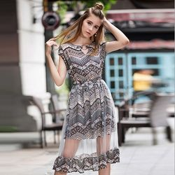 KOVLL中大尺碼卡其色波西米亞印花長洋裝
