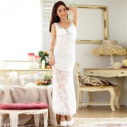 KOVLL中大尺碼白色蕾絲釘珠長禮服連衣裙