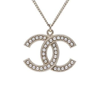 CHANEL 香奈兒經典雙C LOGO麥穗滾邊設計珍珠鑲嵌項鍊(金)