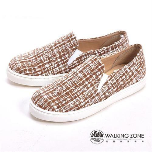 WALKING ZONE 線條混搭色直套內增高鞋-咖
