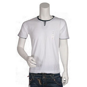 UNIQLO 假兩件式不收邊短袖 T-shirt