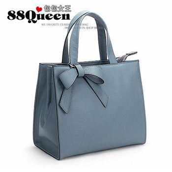 【88Queen❤包包女王】真皮★時尚蝴蝶吊飾牛皮多用包-藍色