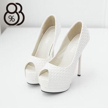 【88%】亮面皮革質感凹紋設計 夜店性感必穿單品 魚口高跟細跟包鞋 防水台(白色)