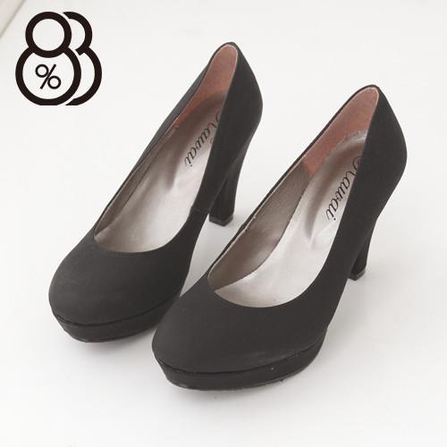 【88%】台灣製專櫃款時尚OL舒適好穿素面淺口厚底9CM高跟鞋(黑色)