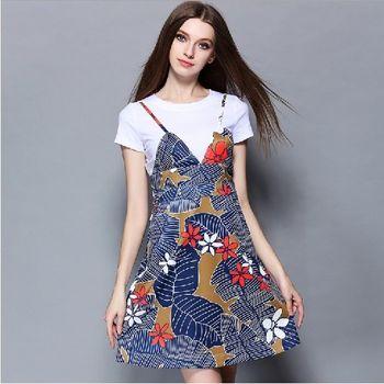 (現貨+預購 RN-girls) -歐美夏季新款T恤+碎花條紋印花吊帶裙套裝
