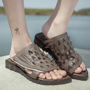 背叛風情-新款真皮女式防滑拖鞋夏鏤空牛皮平跟女鞋LX33082