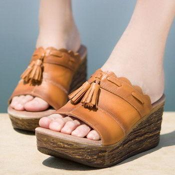 背叛風情-真皮坡跟拖鞋女士牛皮涼拖民族風流蘇女鞋高跟 T16BLX41902