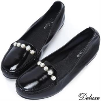 【Deluxe】優雅氣質低調奢華珍珠扣飾平底娃娃鞋(黑)