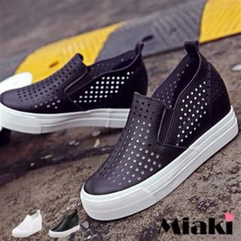 【Miaki】休閒鞋韓皮質洞洞厚底懶人包鞋(黑色 / 白色)