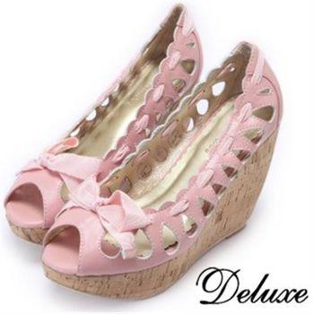 【Deluxe】全真皮簍空緞帶蝴蝶結魚口楔型鞋(粉)