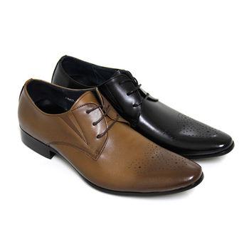【GREEN PHOENIX】漸層雷射雕花壓花格紋綁帶全真皮尖頭排壓氣墊皮鞋(男鞋)-咖啡色、黑色