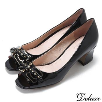 【Deluxe】典雅蝴蝶鑲金邊飾扣魚口低粗跟鞋(黑)