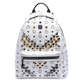 MCM 經典STARK M型排列鉚釘塗層帆布拉鍊後背包(中-白色)