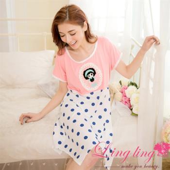 lingling日系 全尺碼-不規則擺娃娃貼布點點短袖連身裙睡衣(甜美桔粉)A2863-02