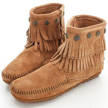 MINNETONKA 沙棕色純手工鉚釘二層流蘇短靴-697T
