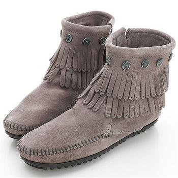MINNETONKA 灰色純手工鉚釘二層流蘇短靴-691T