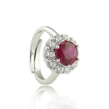 寵愛女人紅寶 戒指