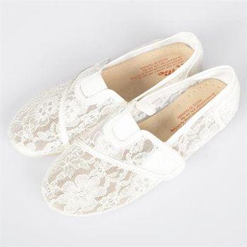 【TW Shoes】鏤空蕾絲網魔鬼氈設計休閒鞋【K110A2857】