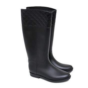 【Pretty】經典霧面菱格紋長筒雨靴-黑色