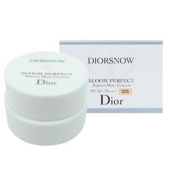 《Christian Dior 迪奧》雪晶靈光感氣墊粉餅(袖珍版) #005